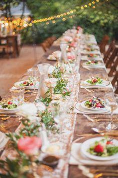 Whimsical Wedding with Gorgeous Floral Decor #weddingtablescape #weddingdecor #floral