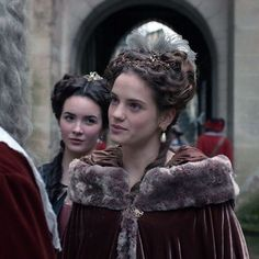 Versailles - Henriette and Sophie Louis Xiv Versailles, Versailles Tv Series, 17th Century Fashion, 19th Century, George Blagden, Rococo Fashion, Medieval Costume, Theatre Costumes, Period Costumes