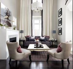 bossy color | Annie Elliott Interior Design | How big are YOUR pillows | http://bossycolor.com