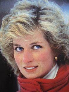 January 24, 1985: Prince Charles & Princess Diana on skiing holiday in Malbun, Liechenstein.