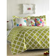 Kew Green Duvet Set - Twin - Bedding from Dormify. Saved to Bedding! by Dormify. Duvet Cover Sets, Comforter Sets, Green Duvet Covers, Green Bedding, King Duvet, Queen Duvet, My New Room, Luxury Bedding, Modern Bedding