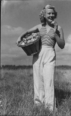 1940s spring/summer look: wide legged trousers and a halter neck top.
