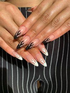Black and white flame nails by novanails nails flames flamenails blackflames whiteflames blackandwhite acrylic acrylicnails autumn autumnnails nailart naildesigns trendynails Black Acrylic Nails, Almond Acrylic Nails, Best Acrylic Nails, Almond Nails, Black Nails, Acrylic Nail Designs, Autumn Nails Acrylic, Aycrlic Nails, Stiletto Nails