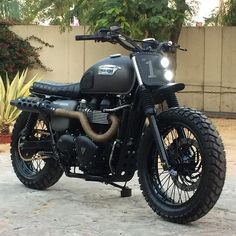 Triumph-Bonneville-Scrambler-by-Rajputana-Custom-Motorcycles.jpg (625×625)