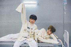 minhyuk and hyungwon monsta x fighter set