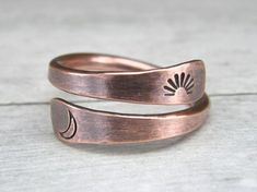 Rustic Sun & Moon Copper Ring - Metal Stamped Copper Ring - Copper Wire Ring - His and Hers - Celestial - Crescent Moon Ring - Sun Ring Wire Rings, Copper Rings, Copper Jewelry, Copper Wire, Wire Jewelry, Jewelry Rings, Hammered Copper, Jewellery, Handmade Rings