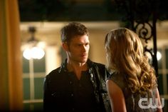 """The Originals -- """"From a Cradle to a Grave"""" -- Image Number: OR122b_0263.jpg -- Pictured (L-R): Joseph Morgan as Klaus and Leah Pipes as Cami -- Photo: Annette Brown/The CW -- © 2014 The CW Network, LLC. All rights reserved."""