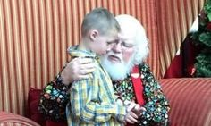 """– A magical moment was caught on camera when Santa Clause empathized with a child with autism worried his disability would put him on the """"naughty list."""" What the man in red did n. Red Skelton, 6 Year Old Boy, Johnny Carson, Faith In Humanity Restored, Dean Martin, Children With Autism, Old Boys, Kind Words, Holiday Photos"""