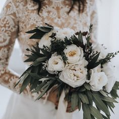Sticking to a white color palette ensures a bridal/winter vibe
