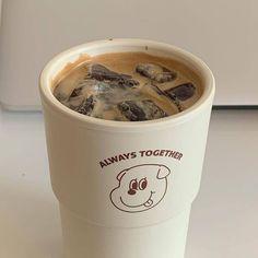 Coffee Cafe, Iced Coffee, Coffee Shop, Coffee Milk, Aesthetic Coffee, Aesthetic Food, Beige Aesthetic, Aesthetic Grunge, Cafe Rico
