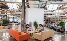 Seit dem 21. Jh. ist #Bürodesign ein wichtiges Element für die Mitarbeiterzufriedenheit & ein #Effizienzfaktor. #Zeitreise