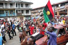 Prophet Makes Shocking Revelations About Biafra, Nigeria's Break Up - http://www.thelivefeeds.com/prophet-makes-shocking-revelations-about-biafra-nigerias-break-up/