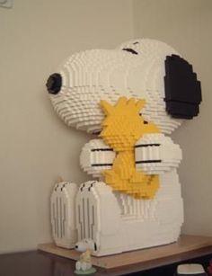 É Lego!!! Isto é incrível...