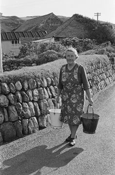 Llangian village in Llŷn being judged the best kept village in Wales, 1964