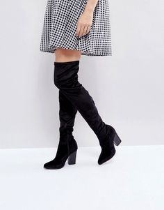 #LondonRebel Velvet Block Point Toe OverKnee #Boot Black Block Heel Boots, Black Velvet Boots, Black Boots, Gq, Rebel, Jersey Oversize, Boating Outfit, Winter Outfits For Work, Outfit Winter
