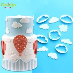 5 pcs /Set White Clouds Cookie Mold Food-Grade Plastic DIY Clouds Fondant Cutter Buscuit Mold Sugarcraft Cake Decoration Tool