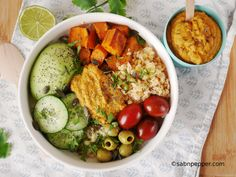 Vegan Buddha Bowl (recette IG bas) Veggie Recipes, Vegetarian Recipes, Cooking Recipes, Healthy Recipes, Healthy Food, Buddha Bowl Vegan, Healthy Eating Posters, Good Roasts, Poke Bowl