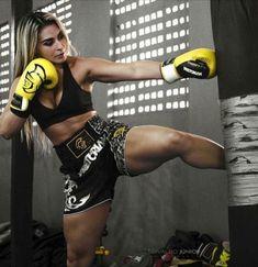 Top Tips, Tricks, And Techniques For That Perfect martial arts Female Martial Artists, Martial Arts Women, Mixed Martial Arts, Jiu Jitsu, Karate Kick, Boxing Girl, Women Boxing, Kick Boxing, Modelos Fitness