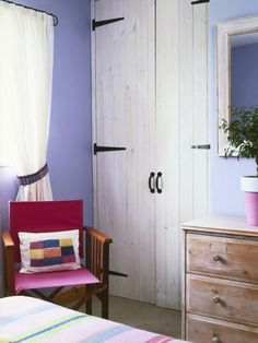 Rustic closet door and nice color palette.