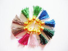 10 Pendentifs mini Pompons Fils (Réf:3) : Pompons par mercerie-jewelry
