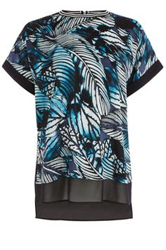 This printed top features a round neck with stripe rib detailing, short sleeves, sheer panelling to hem and all-over graphic palm print