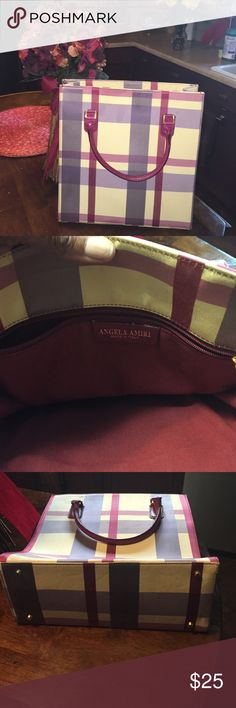 ANGELA AMIRI Stylish Tote Bag Large Plad Tote Bag. Small spot (see pic.).            Very Nice!  Plenty of space. Inside zipper pocket . Bags Totes