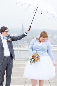 Plus Size Bride Katha // tulle skirt wedding outfit.  Hochzeit von Katha und Sven in Wiesbaden - ein halbes Jahr als Ehepaar. Fotos von Coralie Reuter