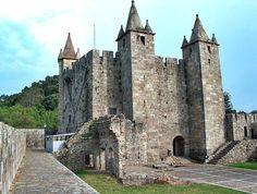Viajar de Mochila às Costas: Castelo de Santa Maria da Feira