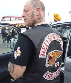 Hells Angels 1 http://i1139.photobucket.com/albums/n554/vaneke/hells-angels.jpg