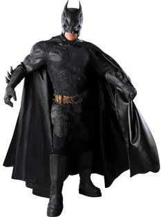 Defend Gotham City in this Dark Knight authentic Batman costume this Halloween. This realistic Batman costume is a collector's item and is perfect for Batman fans. Catwoman Cosplay, Cosplay Gatúbela, Cosplay Ideas, Best Batman Costume, Batman Costumes, Adult Costumes, Men's Costumes, Villain Costumes
