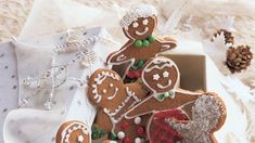 New England Molasses Gingerbread Cookies (About 190 cal. each, with royal icing) *** Ginger Bread Cookies Recipe, Molasses Cookies, Cookie Recipes, Holiday Candy, Holiday Cookies, Smooth Icing, Piping Icing, Cut Out Cookies, Corn Syrup
