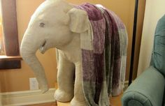 Paper Mache Baby Elephant Sculpture - How to Make It PATTERN HERE http://www.ultimatepapermache.com/baby-elephant-pattern