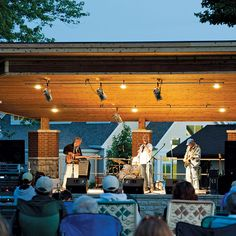 Big Mouth Trio Performing in Martin Park in Sturgeon Bay, WI