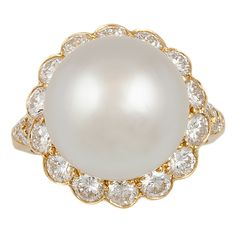 VAN CLEEF & ARPELS Diamond & Pearl Ring | 1stdibs.com