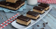 If You Thought It's Boozy Brother Was Good, Check out These Mudslide Cheesecake Bars!