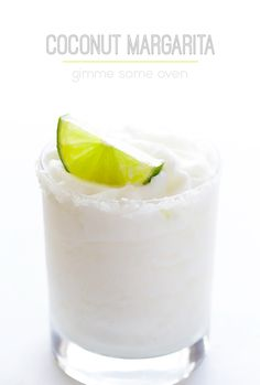 Refreshing Coconut Margarita | gimmesomeoven.com #drink #cocktail