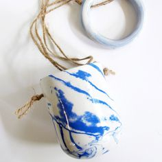 Leah Ball Ceramics: Influenced by the Pacific Coast, the artist's porcelain wares reflect the colors and lines of the ocean