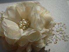 Ivory/white hair clip Ivory/white hair comb Flower hair clip Flower hair comb Bridal hair accessories on Etsy, $22.16 AUD