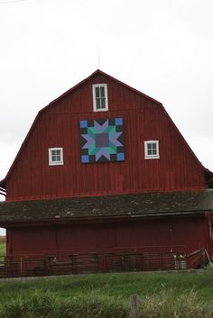 RED BARN~This barn quilt has different colors!