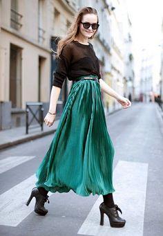 Long Evening Skirt (Maxi), w/ loose, belted long-sleeved Shirt & platform Booties