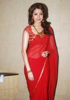 #Anushka Sharma 60 Gm Georgette Lace Work Plain Red Bollywood Designer Saree Rs 899 very low price & 18% Off @http://indiarush.com/bollywood-designer-sarees-for-women/