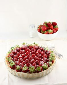 Life's a feast: STRAWBERRY MASCARPONE WHIPPED CREAM TART