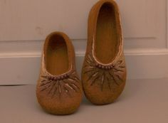 Hand Felted slippers Caramel Brown