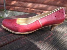 Cranberry Red Leather Shoes with Western Style by Tbonitastyle