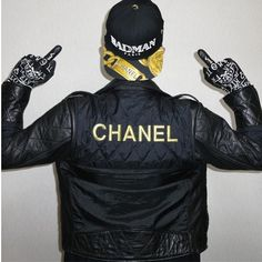 BADMAN. Paris. Chanel. Brand. Clothing. Men. Fashion. Street. Style. Youth. Message. Black & Yellow. Great Jacket. Materials. Details. Typo. Attitude.