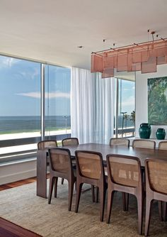 7 salas de jantar, 7 estilos diferentes Área nobre pode variar do eclético ao rústico