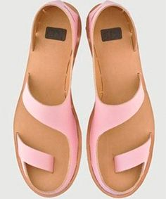 Dutch shoe designer Anna Korshun designed a line of shoes and sandals that click into place instead of using glue and seams.