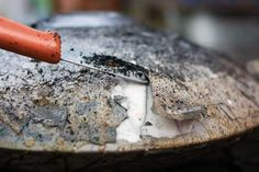 Ceramic Arts Daily – Slip Resist Raku: Developing Great Post Reduction Effects on Your Raku Pottery with Peel Away Slip