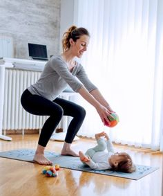 Kniebeugen könnt ihr immer und überall machen!