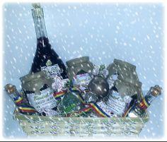 Nou!  Cadouri personalizate in stil traditional, 100% romanesc si natural.  In curand disponibile pe site-ul nostru www.bunicel.ro